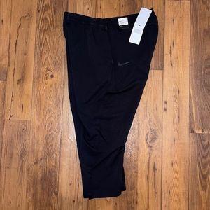 NWT Nike Tech Woven Cropped Pant